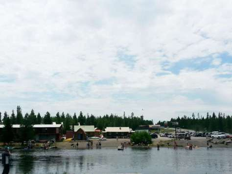 macks-inn-rv-park-island-park-idaho-river