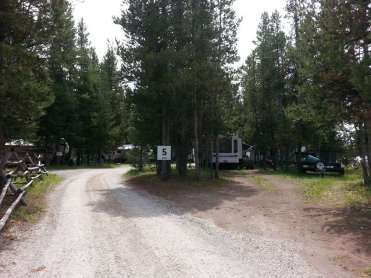 macks-inn-rv-park-island-park-idaho-road
