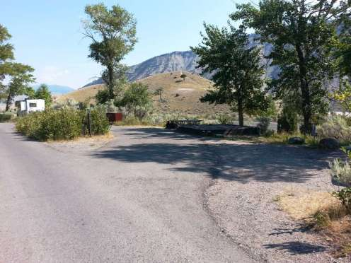 mammoth-campground-yellowstone-national-park-07
