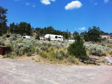 mammoth-campground-yellowstone-national-park-08