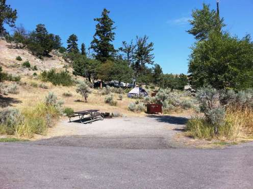 mammoth-campground-yellowstone-national-park-15