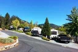 moon-mountain-rv-park-grants-pass-or-02