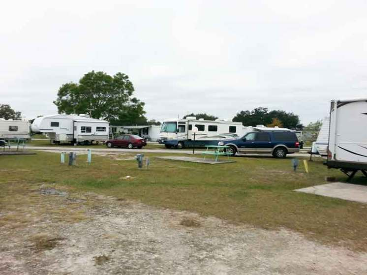 Orange Grove Campground and RV Park in Kissimmee Florida Backin