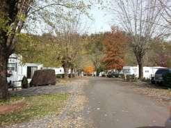 Outdoor Resorts at Gatlinburg near Gatlinburg Tennessee Roadway