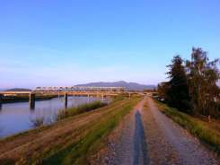 riverbend-rv-park-mount-vernon-wa-04