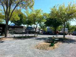 rogue-valley-overniters-rv-park-grants-pass-or-3