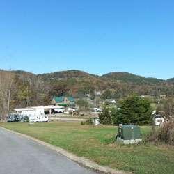 Smoker Holler RV Resort Sevierville (Wears Valley) Tennessee Sites