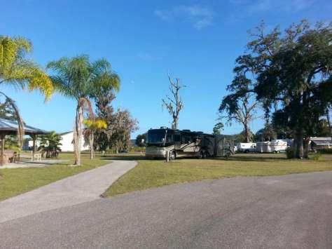 South Daytona RV Park & Tropical Gardens near Daytona Beach (South Daytona) Florida Large Site