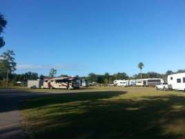 South Daytona RV Park & Tropical Gardens near Daytona Beach (South Daytona) Florida RV Pull Thrus