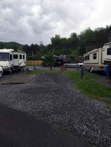 Waldens Creek Campground in Pigeon Forge Tennessee Backin
