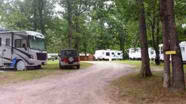wanna-bee-campground-wisconsin-dells-02