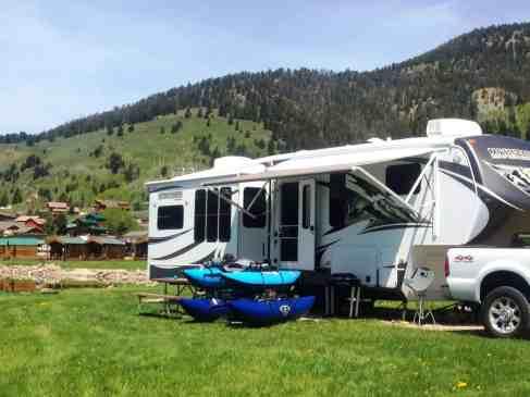 yellowstone-holiday-rv-campground-montana-03