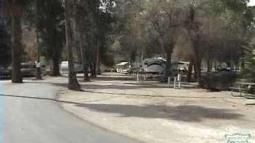 Reflection Lake RV Park & Fishing Campground