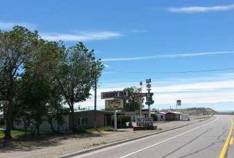 desert-inn-motel-rv-park-sign