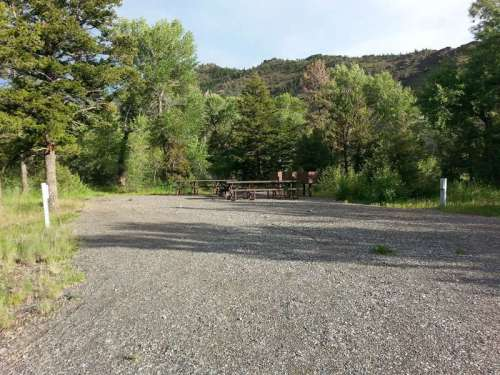 wapiti-campground-cody-rv-site-electric-double
