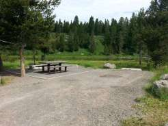upper-coffeepot-campground-back-in-river