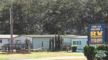 Arbor Glen Mobile Home and RV Park
