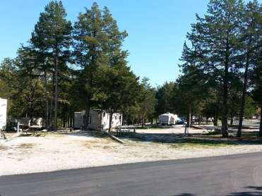 Castle View RV Resort in Branson West Missouri Spacing