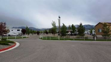 new-frontier-rv-park-winnemucca-nv-02