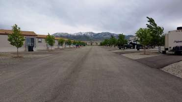 new-frontier-rv-park-winnemucca-nv-09