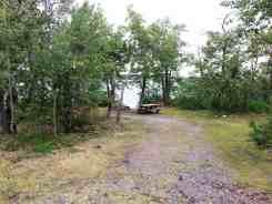 duck-lake-campground-babb-mt4
