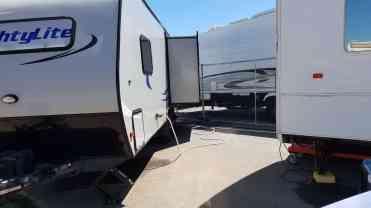 orange-caounty-fairgrounds-rv-camping-04