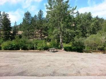recreation-rd-campsite-wolf-creek-mt-02
