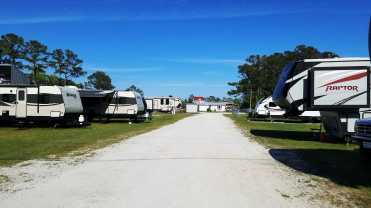 seahaven-marine-rv-park-sneads-ferry-nc-10