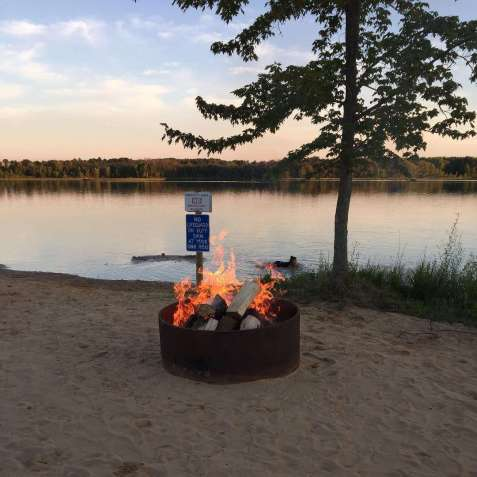 Dumont Lake Campground
