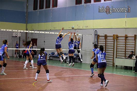 VOLLEY/ La Pallavolo Pozzuoli perde lo scontro diretto con l'Olimpia Volley
