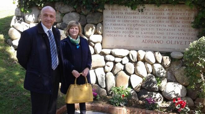 Olivetti, la figlia di Adriano in visita a Pozzuoli