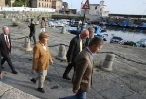 La Merkel e Figliolia a passeggio sulla Darsena