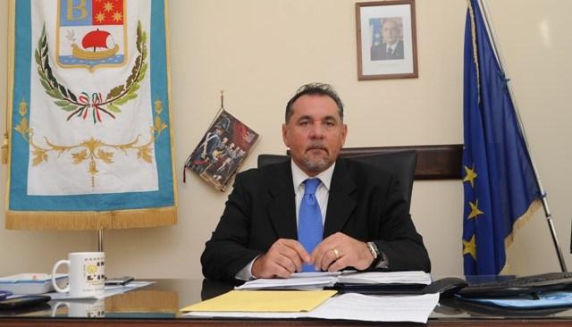 Aumento delle tariffe del trasporto pubblico, il sindaco Schiano alza la voce