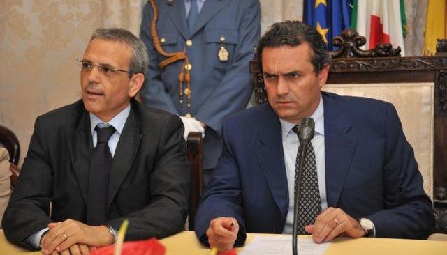 De Magistris, sospeso dalla carica di sindaco
