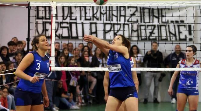 Pallavolo Pozzuoli, ancora ko contro il Centro Ester. Per la promozione in B c'è l'altra finale contro una tra Scafati e Partenope