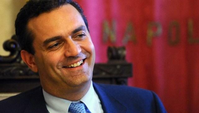 De Magistris si ricandida a sindaco di Napoli
