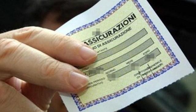 Il Comune di Napoli promuove una legge sulla RC auto