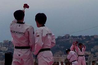 Il taekwondo in scena a lungomare Caracciolo