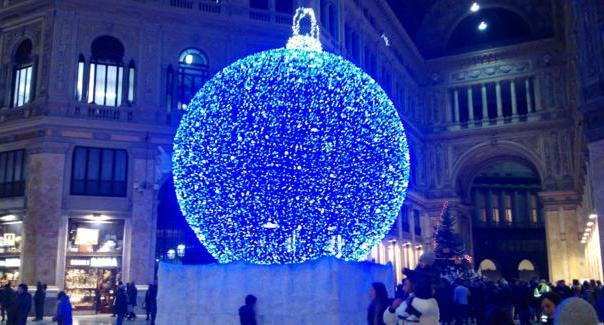 Ferragosto, ma presto a Napoli sarà Natale