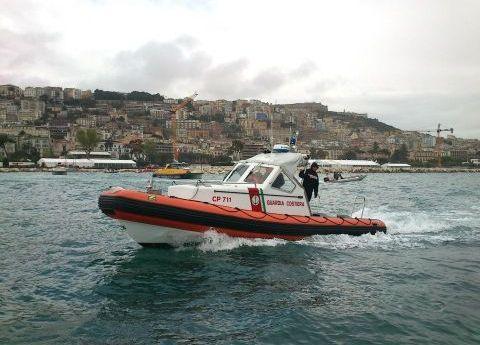 """Operazione """"Mare Sicuro"""" della Guardia Costiera di Baia: elevate 212 sanzioni amministrative, setacciate le spiagge libere per la prevenzione all'accensione dei falò!"""