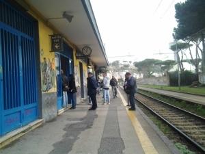 Cumana di Arco Felice - polizia amministrativa intenta a controllare