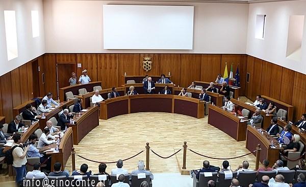 Pozzuoli: approvata dal Consiglio la riduzione della TARI