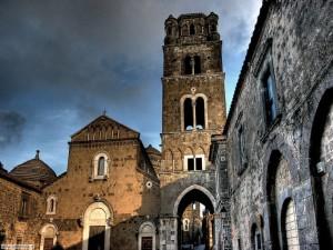 Casertavecchia - Piazza Arcivescovado