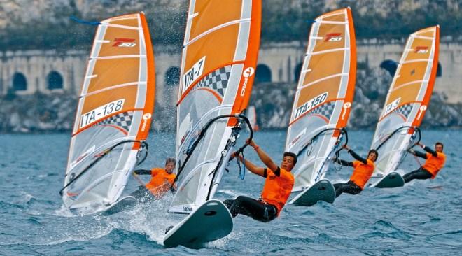 Windsurf, a Pozzuoli la prima tappa della Coppa Italia