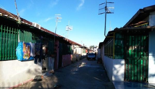 Sgomberato il campo prefabbricati. Sfollati ospitati al PalaTrincone di Monteruscello