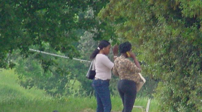 """L'allarme del Comitato Via San Nullo: """"Prostituzione di minorenni davanti alle nostre case"""""""