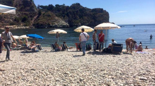 Lidi abusivi sequestrati a Bacoli, Monte di Procida e Pozzuoli