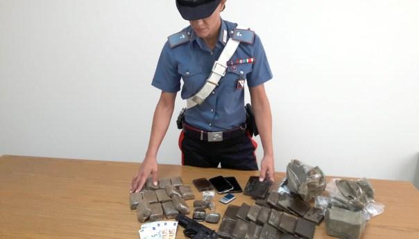 Marano, 3 chili di hashish nel bar: arrestate tre persone