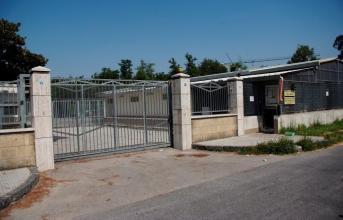 Muro di recinzione pericolante della chiesa di S.Massimo a Licola: ordinanza del sindaco per la messa in sicurezza entro 10 giorni