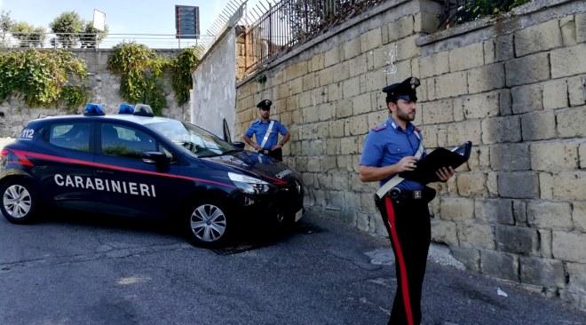 Rapimento per un debito di droga, arrestati due camorristi